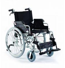Alumīnija riteņkrēsls ar papildus atbalsta riteņiem.