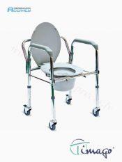 WC krēsls ar ritenīšiem.